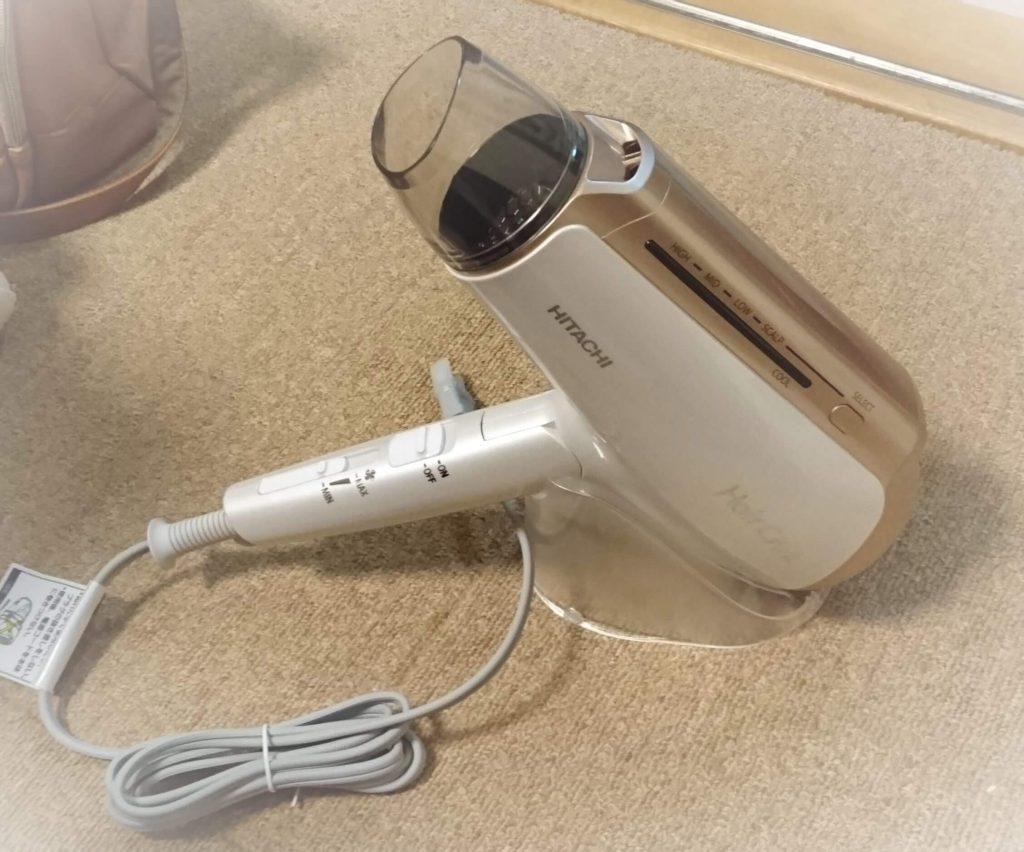 日立ドライヤーヘアクリエプラスHD-NS910 スタンド使用