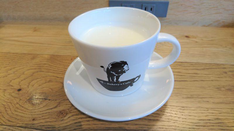 俺のBakery&Cafe東銀座歌舞伎座前店3